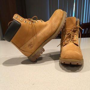 Timberland boots LIKE NEW Wheat